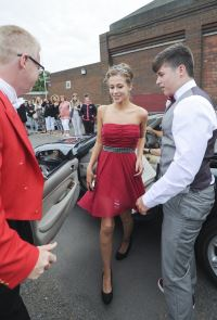 1529995-NU_CITNorthCambridgeAcademyProm015